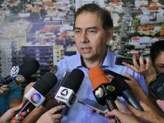 Prefeito garante que vai tentar pagar salários dos terceirizados (Foto: Arquivo)