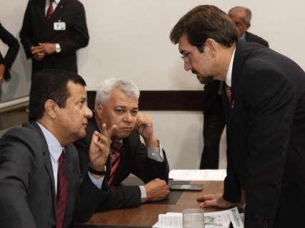 Orçamento mostra crise e governo precisará cortar gastos, diz secretário