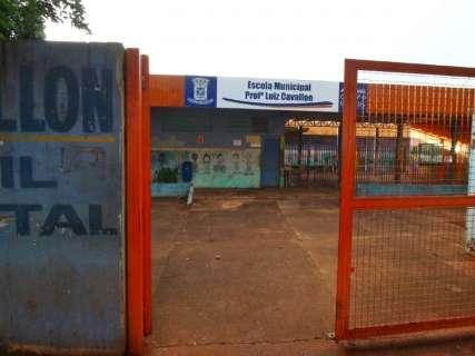 Escola municipal é invadida e sala destruída por incêndio criminoso