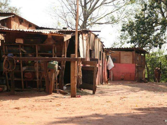 """Entre ranchos e condomínios, Três Barras retrata o """"novo"""" e o """"velho"""""""