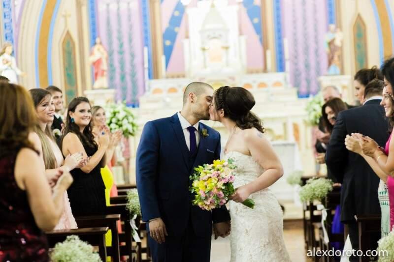 Primeiro casamento,  religioso, foi na capela do Auxiliadora. (Foto: Alex Doreto)