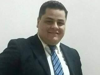 Radialista havia se mudado para Brasilândia recentemente. (Foto: Reprodução/ Facebook)