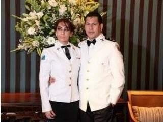 Itamara Nogueira ao lado do marido, major Valdeni Nogueira (Foto: Divulgação/ Facebook)