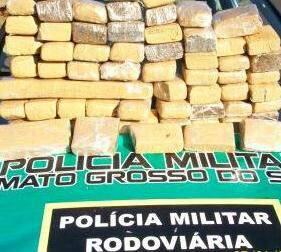 Traficantes fugiram e abandonaram carregamento de droga. (Foto: Divulgação)