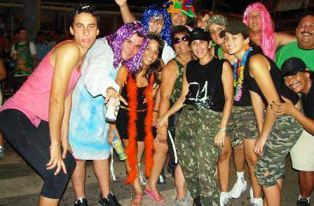 Bloco dos sujos e show marcam carnaval de Corumbá nesta sexta