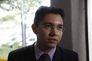 """Para o advogado dos índios, contratar seguranças é coisa de """"organização criminosa"""" (Foto: Cleber Gellio)"""