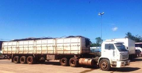 Receita Federal apreende sete toneladas e R$ 700 mil em contrabando