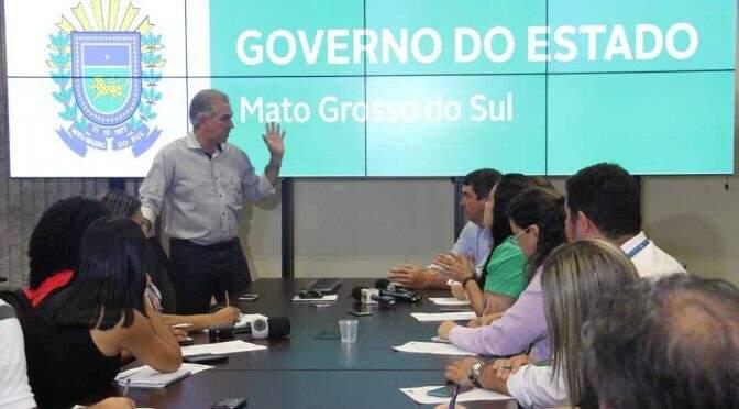 Governador Reinaldo Azambuja (PSDB) durante apresentação de balanço do ano (Foto: Chico Ribeiro)