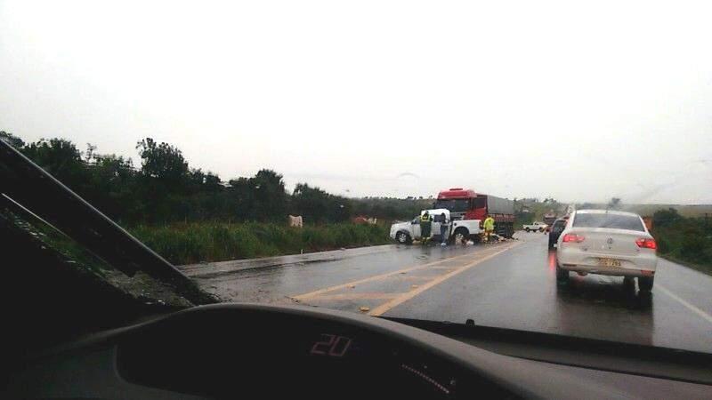 Acidente com morte na BR-163 causa 3 km de congestionamento
