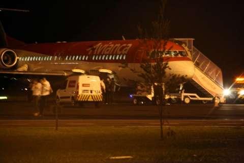 Avianca explica problema em avião e promete auxílio aos passageiros
