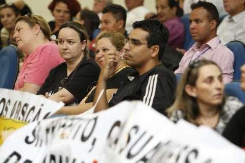 Após protesto, Prefeitura convoca 332 professores aprovados em concurso