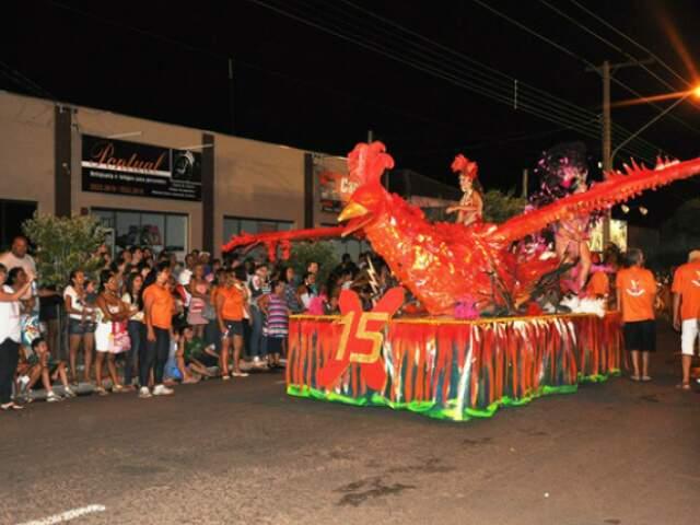 X-15 é a campeã do Carnaval 2012 de Três Lagoas. (Foto: Divulgação)