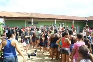 Mais de 150 presentes foram distribuídos para crianças carentes do Jardim Marajoara (Foto: Marcos Ermínio)