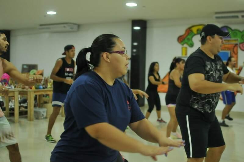 Evelyn Cardoso, de 25 anos, que nunca dançou, diz que perdeu a timidez.