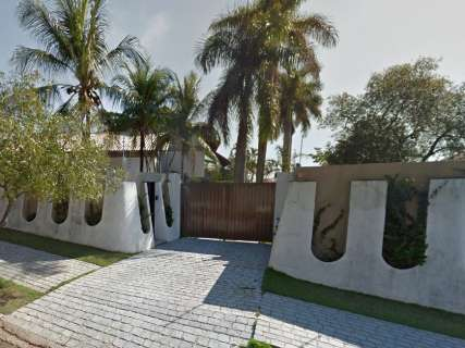 Mega-Sena paga prêmio para comprar 110 casas ou 11 mansões na Capital