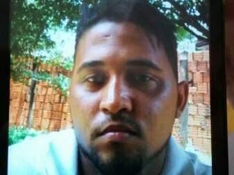 Traficante ainda não teve o nome descoberto, mas PRF conseguiu a foto dele através do perfil do WhatsApp (Foto: Divulgação/PRF)