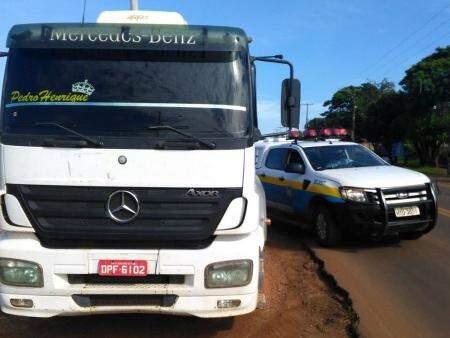 A apreensão foi feita durante um fiscalização na MS-164 em Ponta Porã. (Foto: Porã News)