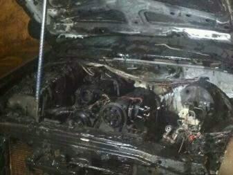 Chamas foram controladas com extintores pelos policiais. Foto: Divulgação PM