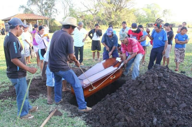 O Kaiowá Semeão Fernandes Vilhalva, 24 anos, foi assassinado durante confronto com fazendeiros (Foto: Marcos Ermínio)