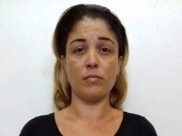 Segundo a polícia, Elisângela era quem entregaria a droga na casa de prostituição (Foto: divulgação Derf)