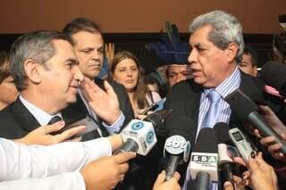 Ministro e Puccinelli anunciaram acordo. (Foto: Marcos Ermínio)