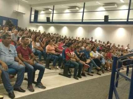 Marquinhos promete 13º a funcionários da Omep e da Seleta na segunda-feira