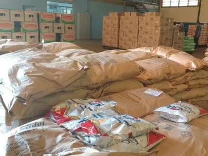 Rede de ensino distribui 115 toneladas de merenda para 117 mil alunos