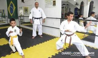 Atletas treinam no mesmo dojo em Ladário. (Foto: Anderson Gallo/Diário Corumbaense)