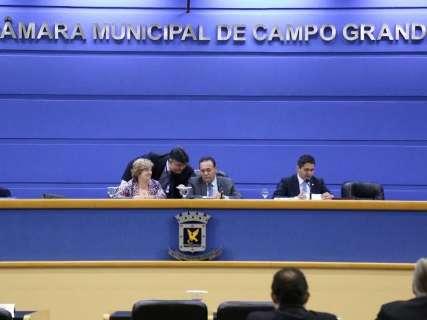 Câmara diz que Prefeitura já previa reajuste de 9,57% a servidor municipal