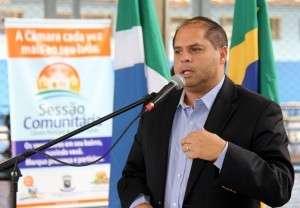 """Vereadores pedem à prefeitura que """"corte na carne"""" e reduza comissionados"""