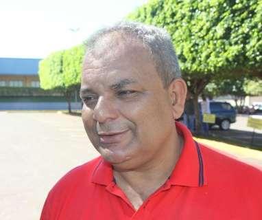 Delcídio impõe nova derrota a Zeca e presidente do PT é reeleito com 61,7%