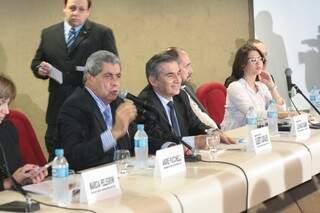Reunião acontece no Centro Rubens Gil de Camilo (Foto: Marcos Ermínio)