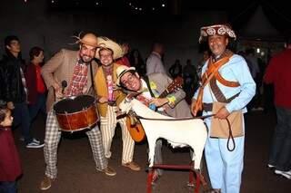 Até bode teve na festa ao lado do Pernambucano e do Chico Maria Produções.