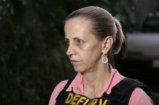 A delegada Maria de Lourdes comenta que três integrantes da quadrilha foram identificados (Foto: Cléber Gellio)