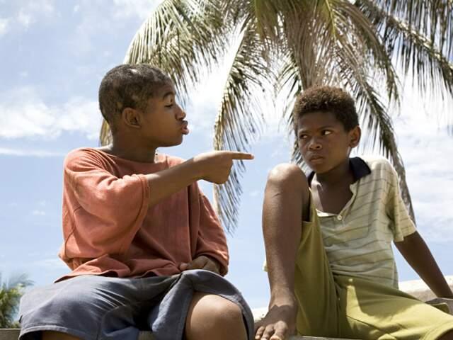 Destaque para o elenco infantil, que atuou sem nenhuma experiência anterior em cinema. (Foto: Divulgação)