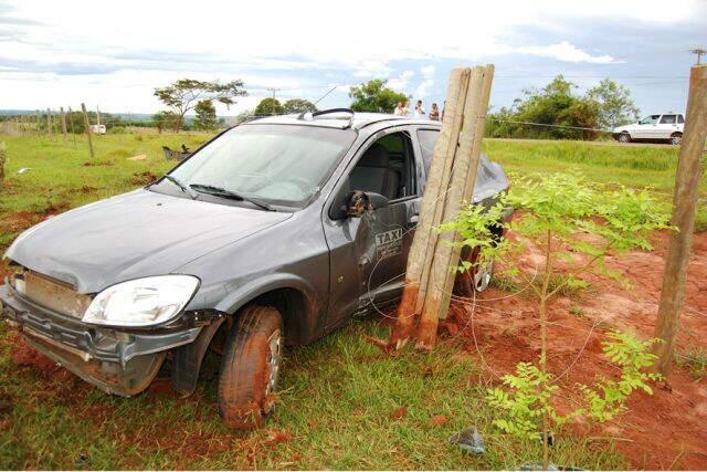 Acidente aconteceu a cerca de 6 quilômetros de Angélica. (Foto: Ivinotícias/Sucrilho)