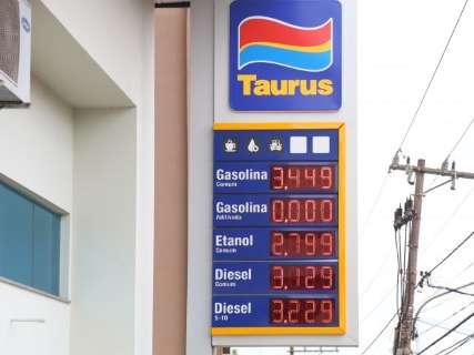 Ano começa com aumento e gasolina custando acima de R$ 3,40 o litro