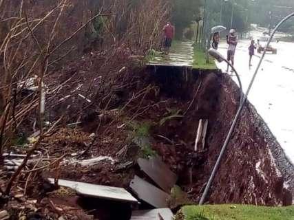 Região mais afetada pela chuva foi Silvia Regina, diz secretário de obras