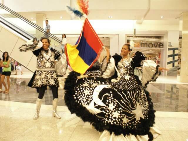 Esquenta no shopping divulga em Campo Grande o Carnaval de Corumbá