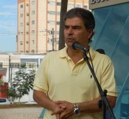 Prefeito diz que cumpriu sua parte fazendo o processo de licitação. (Foto: Luciana Brazil)