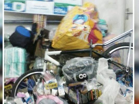 Os produtos estavam em uma residência abandonada. (Foto: Folha Ms)