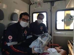 Menina nasceu em ambulância do Samu neste sábado.