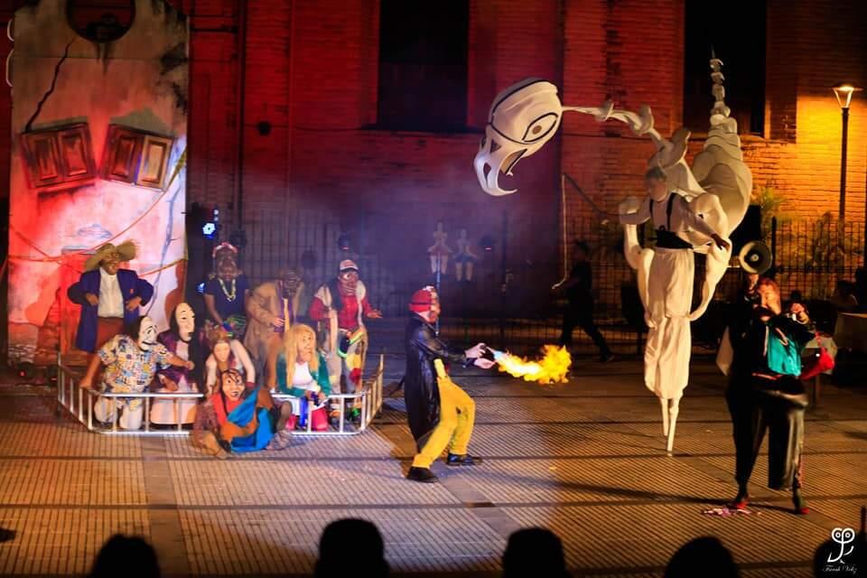 O grupo Voyer Teatro se apresenta também (Foto: Divulgação)