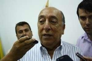 Articulador político está no Rio neste último dia para Bernal se defender
