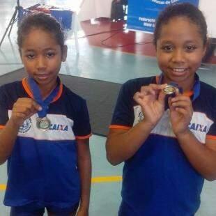 E com medalhas da ginástica. (Foto: Arquivo Pessoal)