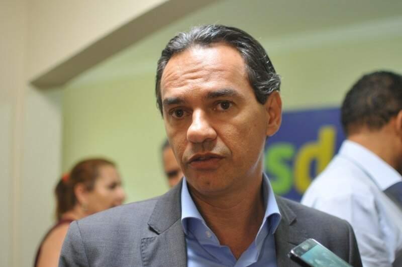 """Futuro prefeito pede """"voto de confiança"""" e aumento da suplementação aos vereadores. (Foto: Alcides Neto)"""