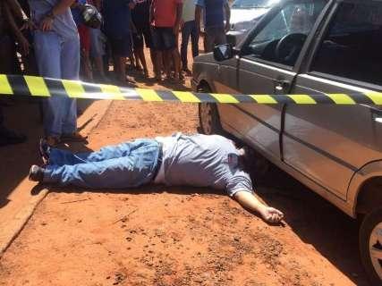 Comerciante é executado com 15 tiros em frente a serralheria na fronteira