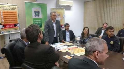 Reforma administrativa está quase pronta e com menos secretarias, diz Reinaldo