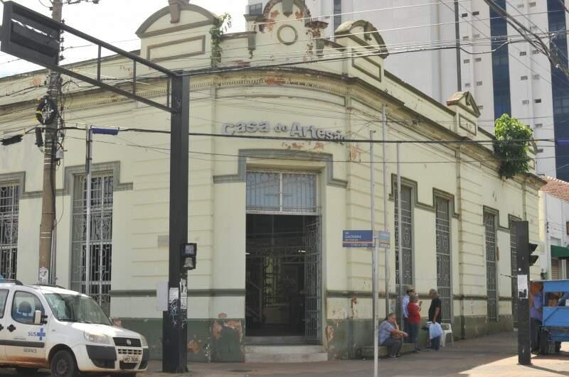 Frente da Casa do Artesão (Foto: Alcides Neto)