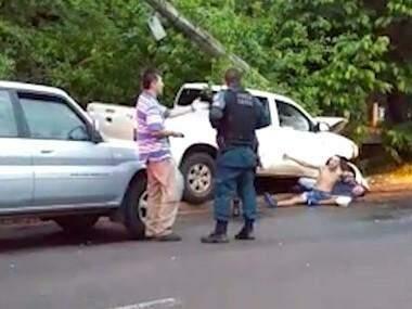 Cena de um dos vídeos que foram gravados logo após acidente da vítima. (Foto: Reprodução)